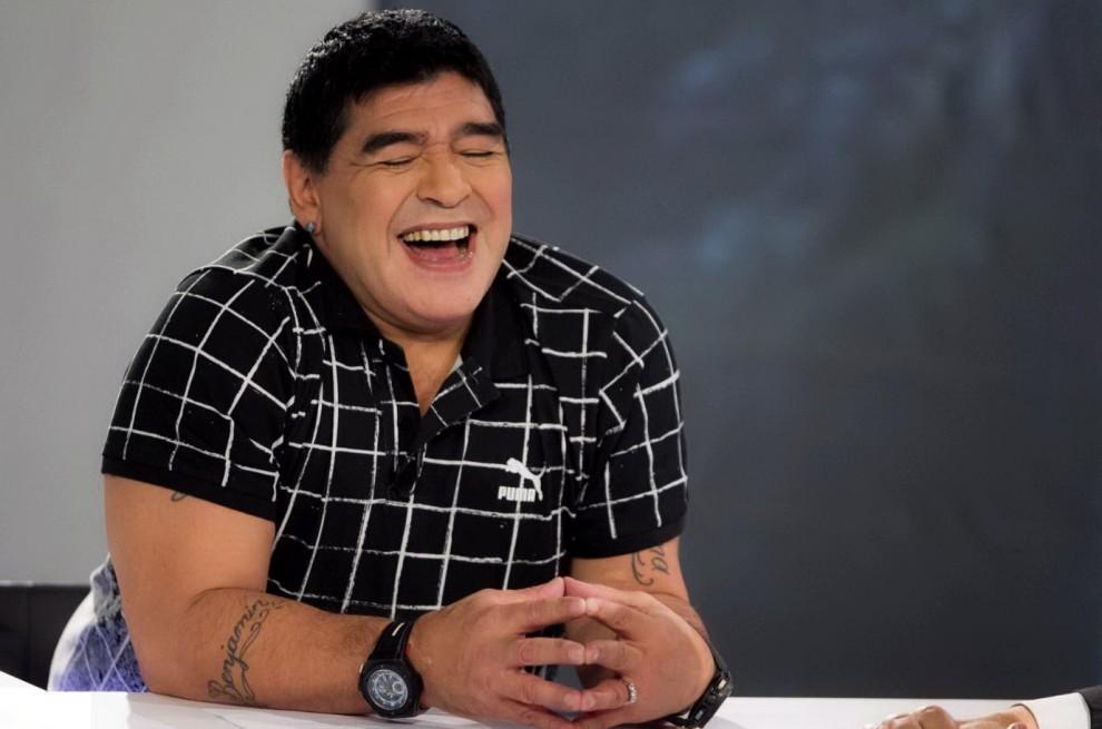 Maradona dopo il lifting torna in tv: ecco la versione ...