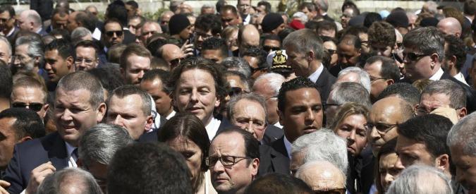 Tunisia, 70mila persone in marcia contro il terrorismo dopo l'attentato al Bardo