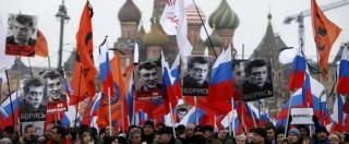 Mosca, Nemtsov ucciso: migliaia di persone in corteo per leader opposizione