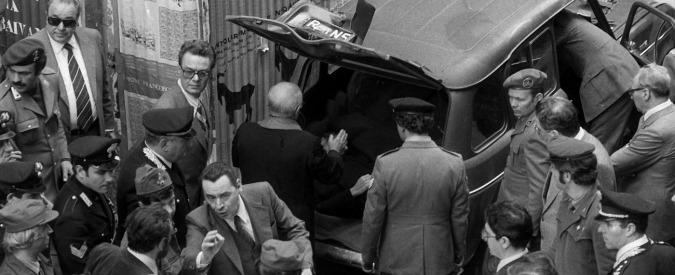 """Aldo Moro, """"nell'autopsia la firma del killer"""". La rivelazione di don Fabbri"""