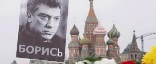 """Nemtsov, si indaga su auto ministeriale. Media russi: """"Ci sono foto di 2 sospetti"""""""