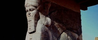 "Nimrud, jihadisti Isis distruggono l'antica città. Unesco: ""Crimine di guerra"""