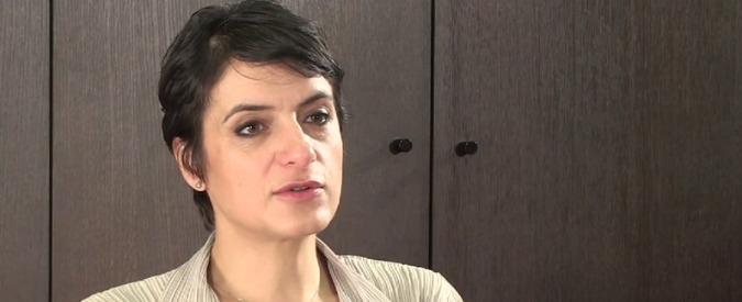 Eleni Panaritis, l'economista anti austerità che tratta per Atene con ex troika