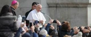 Papa Francesco: 'Corruzione 'spuzza'. Ma a Scampia il male non avrà ultima parola'