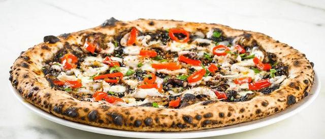 """Impasto e vincotto, in Puglia nasce la pizza """"Più Gusto"""""""