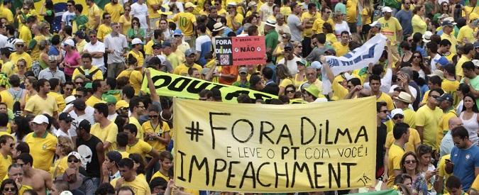 Brasile, 'Fora Dilma!': il sogno di Rousseff diventa incubo