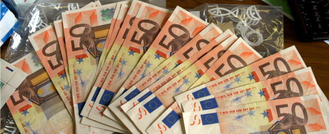 """Tasse, Istat: """"Nel quarto trimestre 2014 la pressione fiscale è salita al 50,3%, +0,1%"""""""