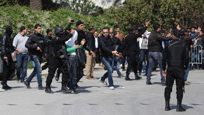 Tunisi: oltre la solidarietà, ora l'Europa non sia assente