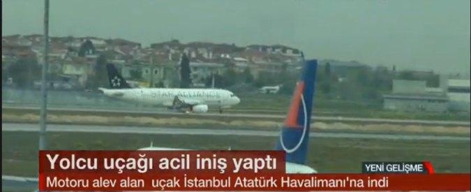 Aereo in fiamme, atterraggio emergenza a Istanbul. Era partito da Milano