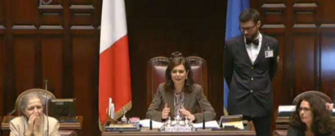 """Legge elettorale, il """"patto tra i grandi"""" fa mettere la quarta: """"No a rinvii"""". Alfano a Renzi: """"I governi li fa cadere il Pd"""""""