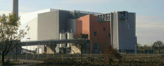 Parma, controlli su inceneritore? Li fa una società di Iren (che possiede l'impianto)
