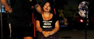 """Indonesia, testimoni: """"Condannati a occhi aperti, cantavano davanti al plotone"""""""