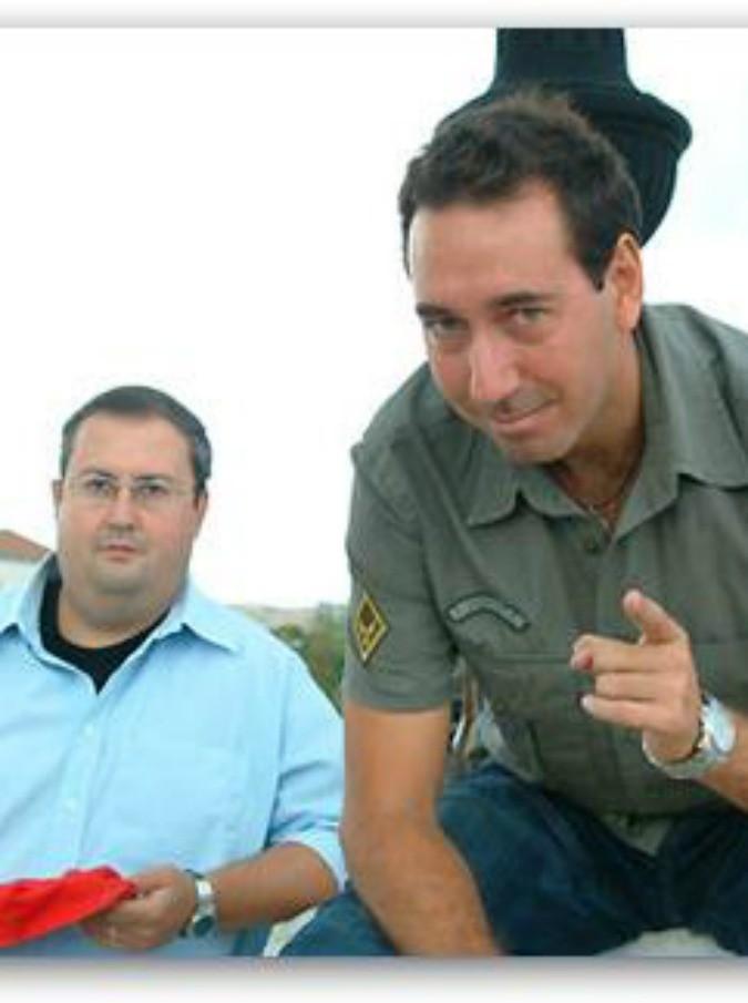 Fabio e Mingo indagati a Bari: per gli ex inviati di Striscia l'accusa è simulazione di reato