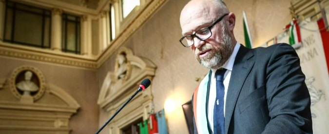Rifiuti Livorno, M5s espelle tre consiglieri: avevano votato contro la maggioranza