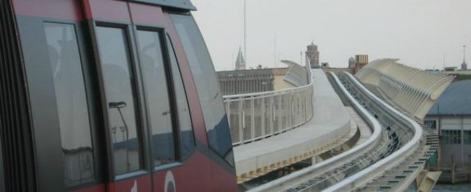 People mover, al via processo a Bologna. Ma la Regione finanzia ancora la navetta