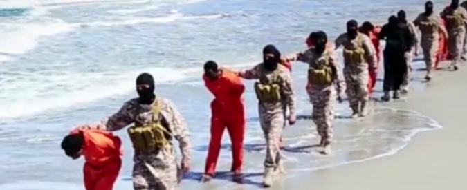 Isis, nuovo orrore: in un video il massacro di 28 cristiani etiopi rapiti in Libia