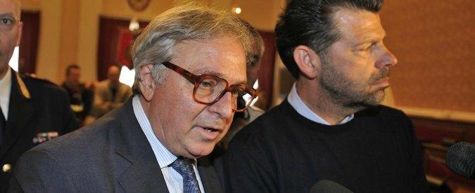 Marche, Pd chiede dimissioni del suo governatore e ora candidato con Ncd-Fi