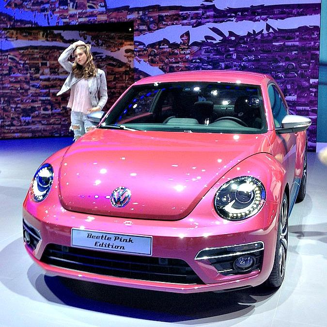 """Volkswagen Beetle Pink Edition, il """"maggiolino di Barbie"""" diventa realtà?"""