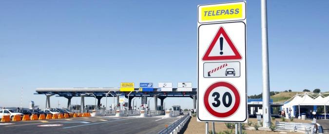 Autostrada del Sole, chiusa la circolazione per il disinnesco di una bomba in Umbria