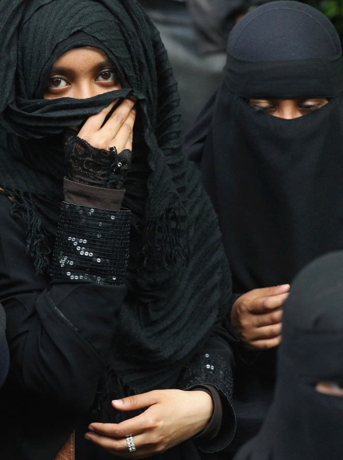 burqa905