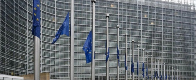 Grecia, Commissione Ue pubblica le proposte su cui si svolgerà referendum