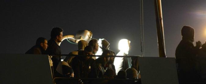 Migranti, naufraga barcone con 200 persone a bordo al largo dell'Egitto