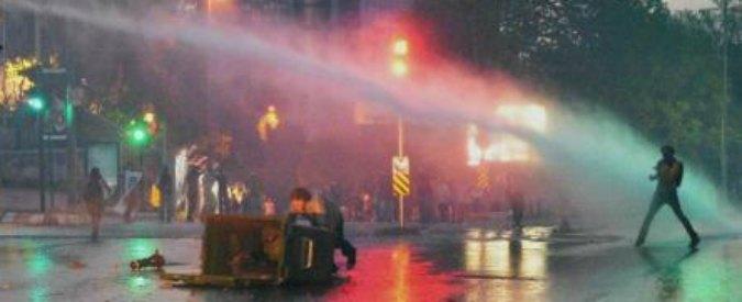 Turchia, assolti ventisei portavoce del movimento Gezi Park del 2013