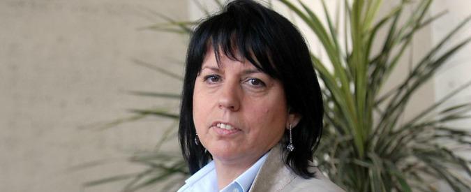 1992 La serie – Gina Nieri, supermanager di Mediaset: offende, ha falsi storici
