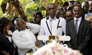 Kenya, funerali di vittime dell'attacco a università di Garissa