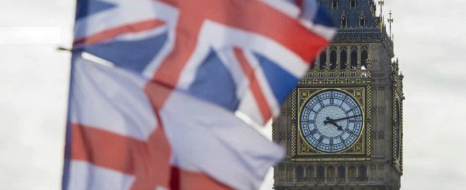 """Cercare lavoro a Londra e nel Regno Unito, """"ecco come scrivere un curriculum"""""""