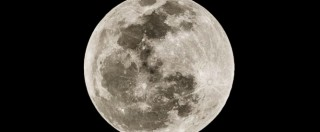 "Luna blu (FOTO), ""fenomeno dovuto a polveri emesse dall'eruzione di vulcani e incendi"""