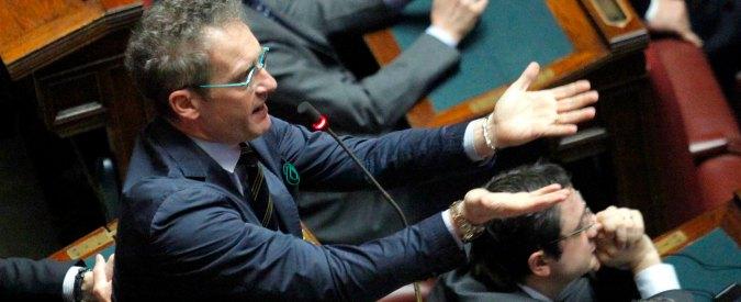 Lega Nord, il gaffeur Polledri si salva ancora. Bossi dice no all'espulsione