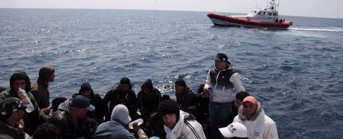 Sbarchi, arrivati a Messina altri 454 migranti. Tre scafisti arrestati