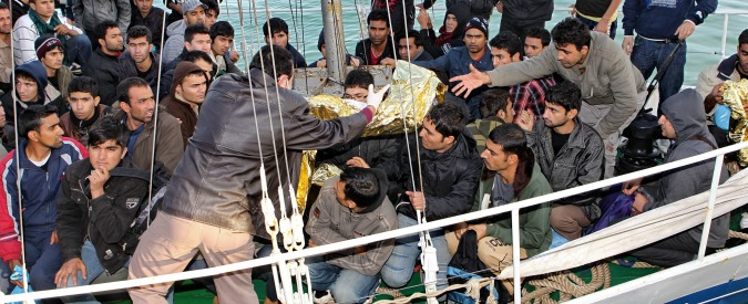 Naufragio migranti: ora chiediamo noi all'Europa