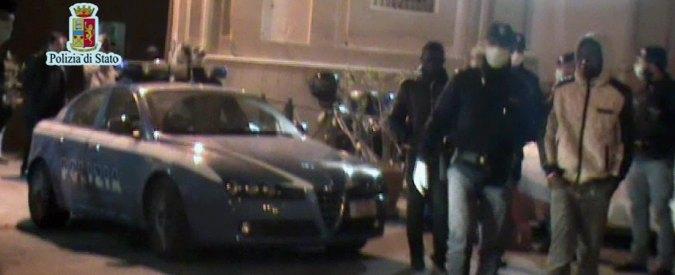 'Migranti musulmani gettano in mare cristiani: 9 morti e 15 fermi a Palermo'
