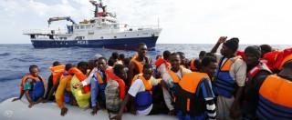 """Migranti, riparte Moas: la missione privata """"a caccia"""" delle carrette del mare"""