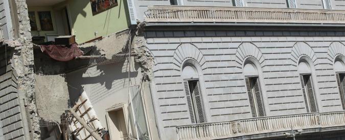 Napoli, crollo a Riviera di Chiaia: Comune e Ansaldo obbligati a mettere in sicurezza