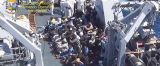"""Naufragio migranti, soccorritori: """"Due si sono salvati aggrappandosi ai morti"""""""