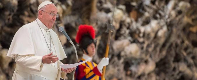 """Giubileo 2015, Papa Francesco ai corrotti come Wojtyła ai mafiosi: """"Convertitevi"""""""