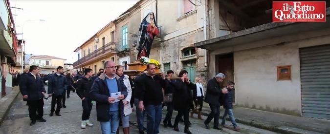 """'Ndrangheta, il documento dei vescovi calabresi: """"Boss esclusi da processioni"""""""