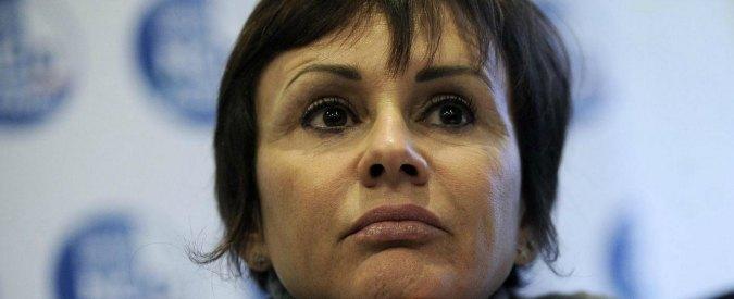 """Simona Vicari si difende sul Corriere: """"Ci sono ministri che hanno preso non uno, ma tre Rolex e sono ancora in carica"""""""
