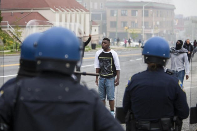 Baltimora, scontri nel giorno dei funerali di Freddie Gray
