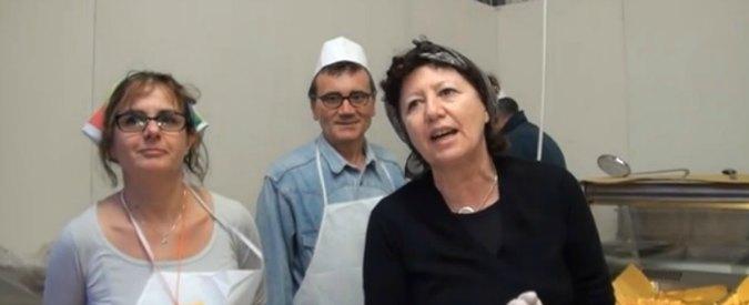 Festa dell'Unità, Bersani: 'Ci sarei andato anche a piedi'. Militanti: 'Venga lo stesso'