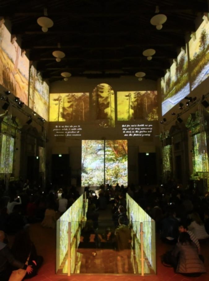 """""""Van Gogh Alive"""", le opere d'arte 'prendono vita' nella Chiesa sconsacrata di Santo Stefano al Ponte"""