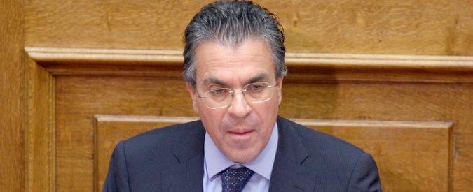 """Grecia, ex ministro cerca lavoro online: """"13 anni in politica, disposto a spostarsi"""""""