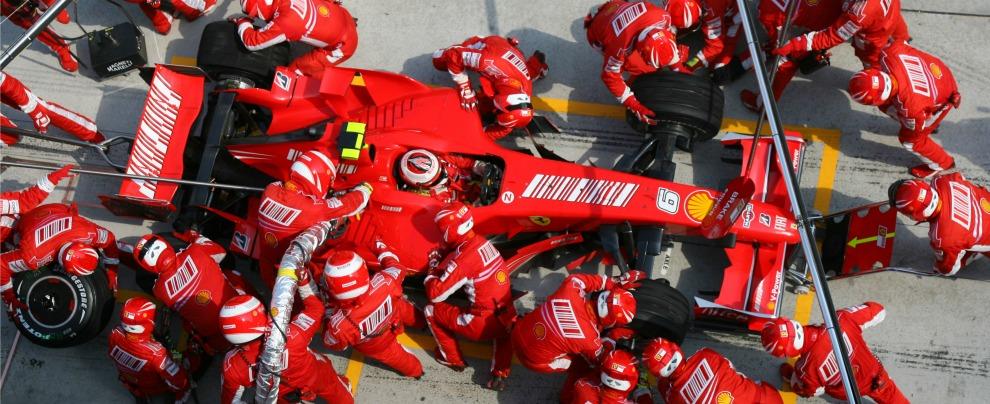 Formula 1, nuovo regolamento: rifornimento in gara e auto più veloci