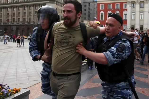 Gay pride Russia 2