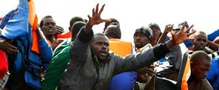 """Migranti, Ue: """"Redistribuire dall'Italia 24mila profughi in 2 anni. Ma no quote"""""""