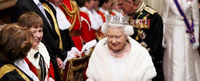 "Londra, Elisabetta conferma: ""Entro 2017 referendum sulla permanenza in Ue"""
