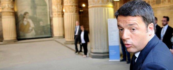"""Grillo vs Veronesi, Renzi: """"Non ascoltate presunti politici: fate la mammografia"""""""